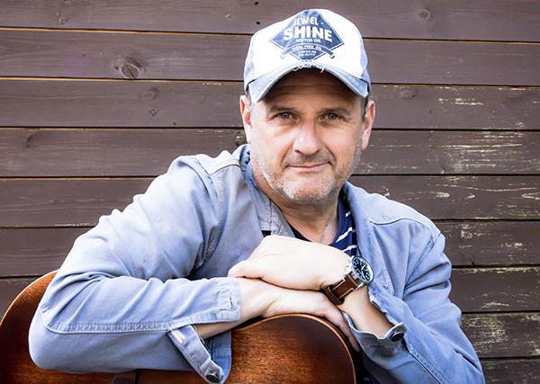 MARK RADCLIFFE BECOMES A PATRON OF RIVINGTON TERRACED GARDENS