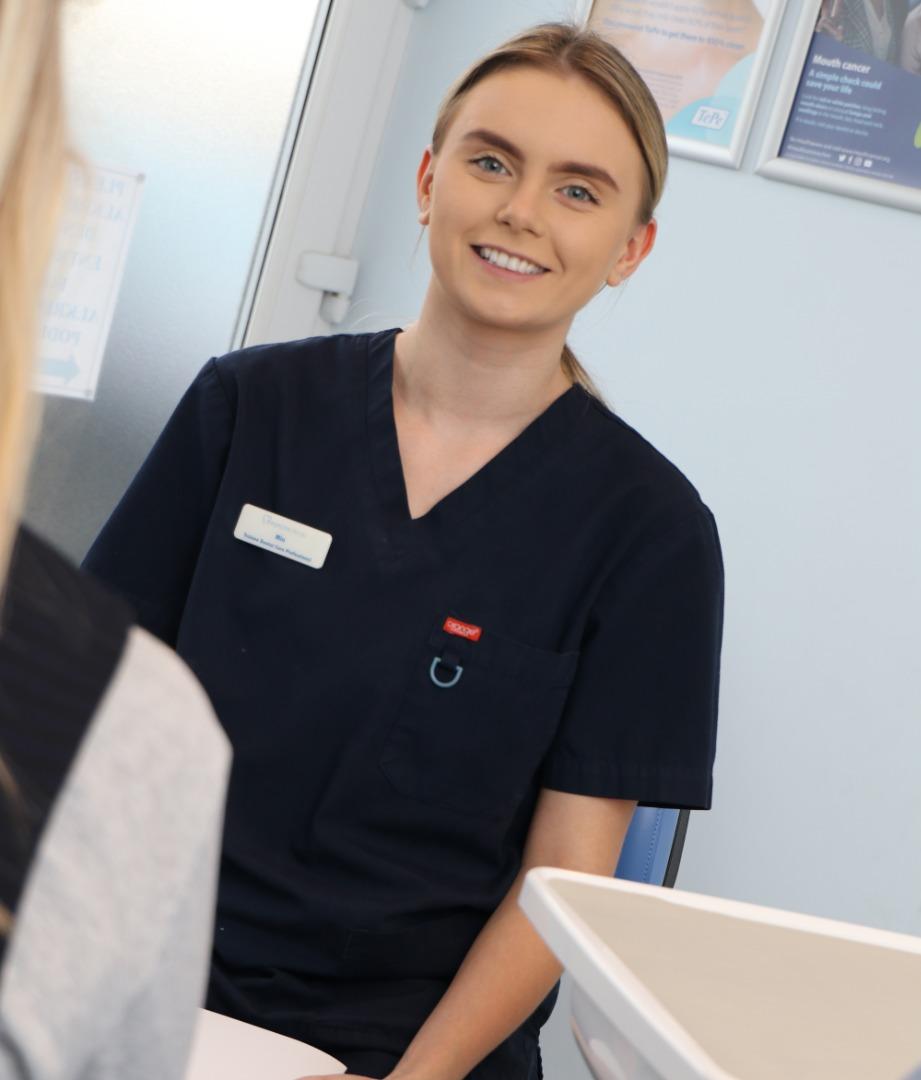 Dental Nurse Strides towards Career Ambition