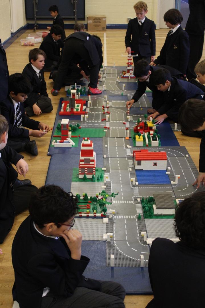 Boys Enjoy Electro City Creative Building Workshop