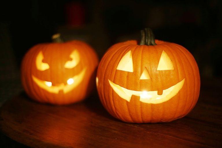 Enjoy Free, Fun Halloween Hocus Pocus at Market Place