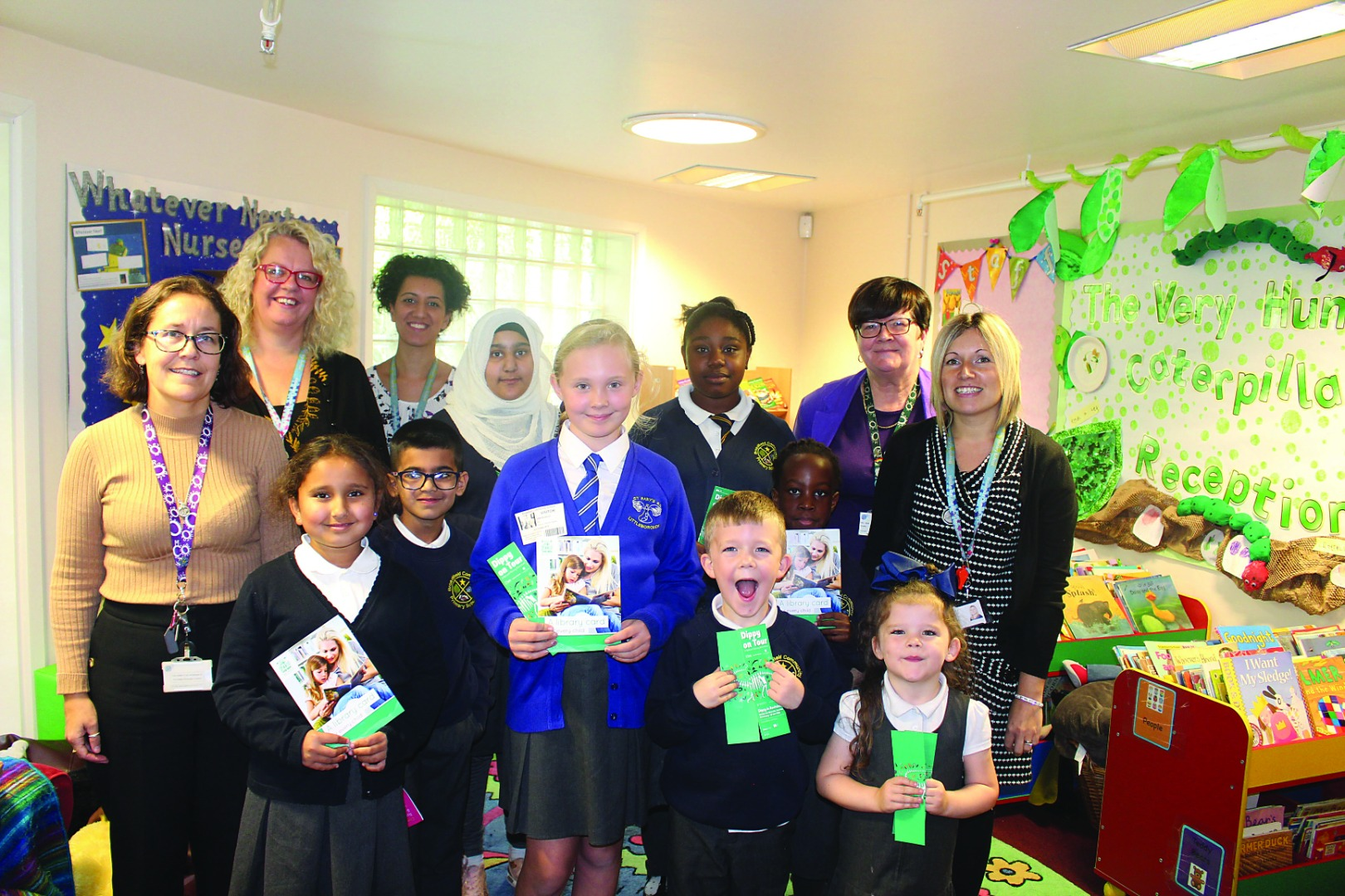 Pupils celebrate the launch of the library card for every child scheme